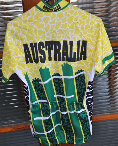 aussie cycling top 006.JPG